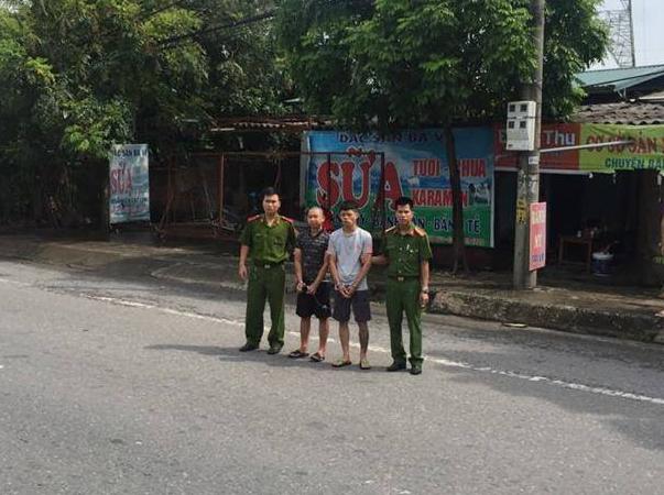 Bắt giữ 2 đối tượng cướp giật tài sản của nữ phóng viên Hà Nội