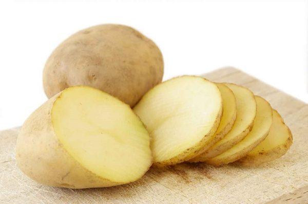 khoai tây gây ngộ độc ở trẻ nhỏ