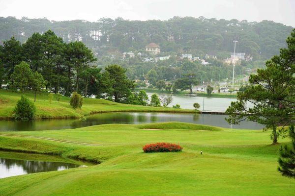Câu Lạc Bộ Golf Dalat Palace