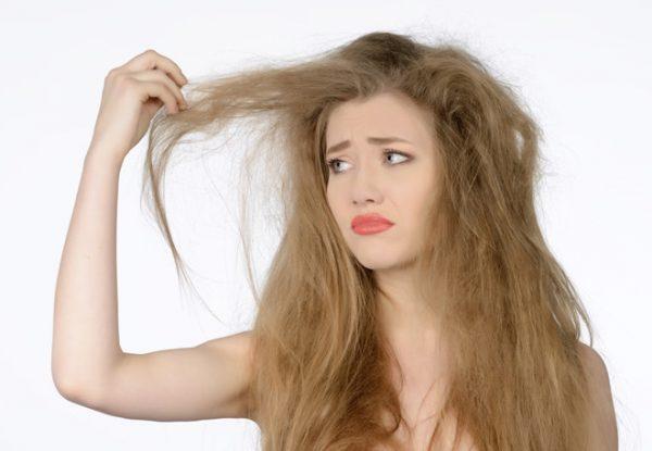 Da và tóc khô- dấu hiệu cơ thể thiếu vitamin