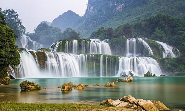 Thác Bản Giốc (Cao Bằng) - thác nước nổi tiếng của Việt Nam