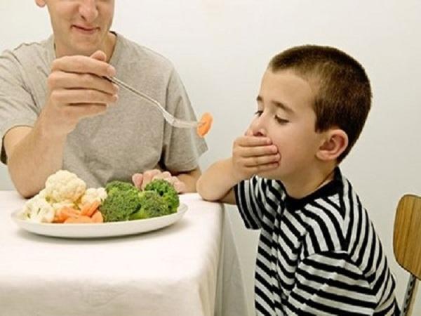 Cách trị biếng ăn cho trẻ hiệu quả các mẹ nên học hỏi