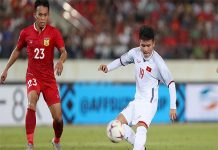 Việt Nam mặc trang phục trắng trong trận đấu Myanmar