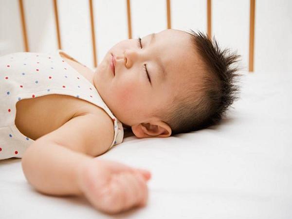Cách chữa mồ hôi trộm ở trẻ hiệu quả mà các mẹ nên biết
