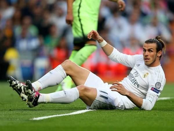 MU đột ngột dừng ký Gareth Bale vì tiền sử chấn thương