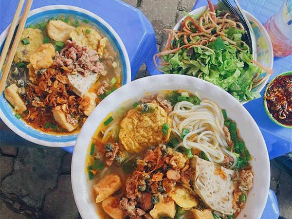 7 tọa độ ăn sáng Sài Gòn ngon nức tiếng không thể bỏ qua