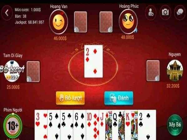 Trong bài sâm lốc điểm sẽ được tính dựa vào tổng số lá bài còn lại trên tay của người chơi nhân với tiền cược và 1 quân 2, 1 tứ quý