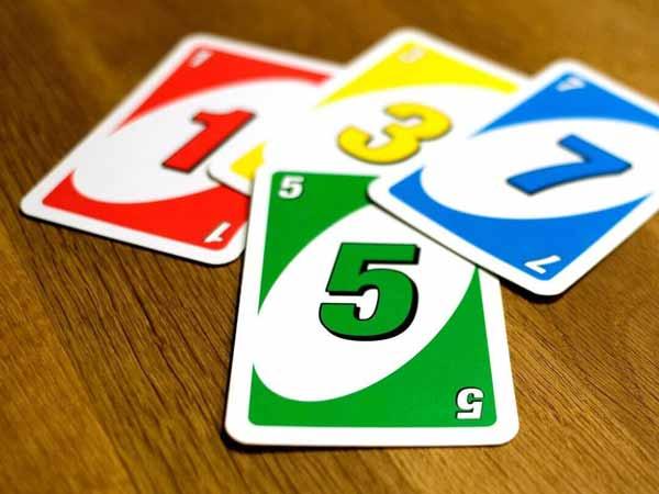 Lá bài Uno