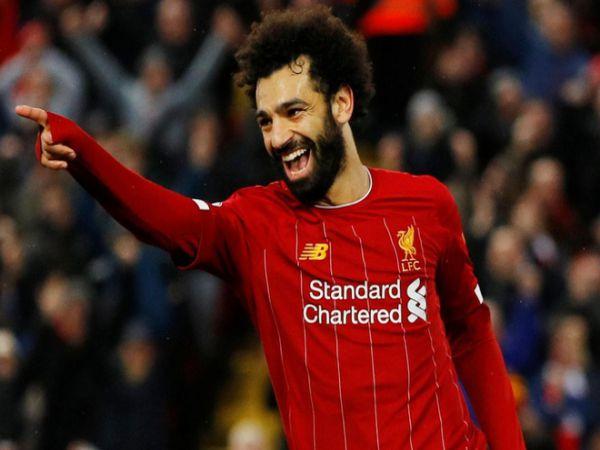 Salah đứng chung mâm với huyền thoại Liverpool