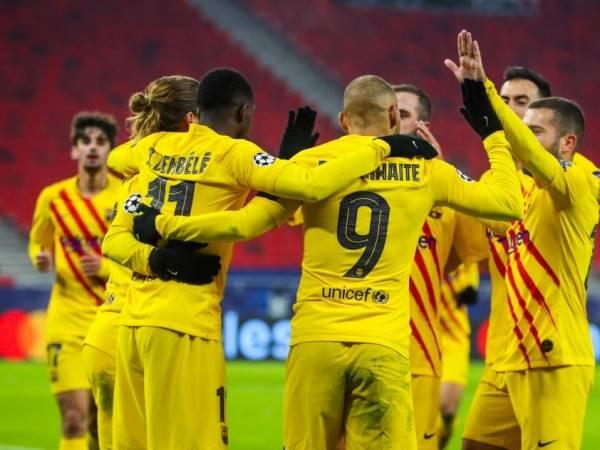 Tin bóng đá tối 3/12: Barca là đội duy nhất toàn thắng từ đầu vòng bảng C1