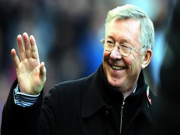 Sir Alex Ferguson - huấn luyện viên bóng đá huyền thoại của thế giới